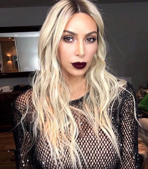 Ким Кардашьян снова стала блондинкой (ФОТО)