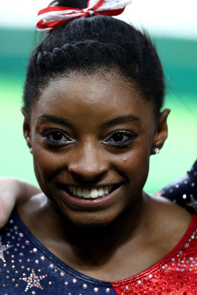 Олимпиада 2016: макияж завоевавшей золото американской гимнастки - новый тренд