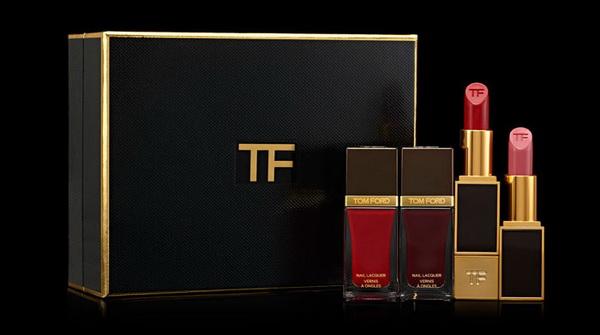 Самая сексуальная рождественская коллекция макияжа