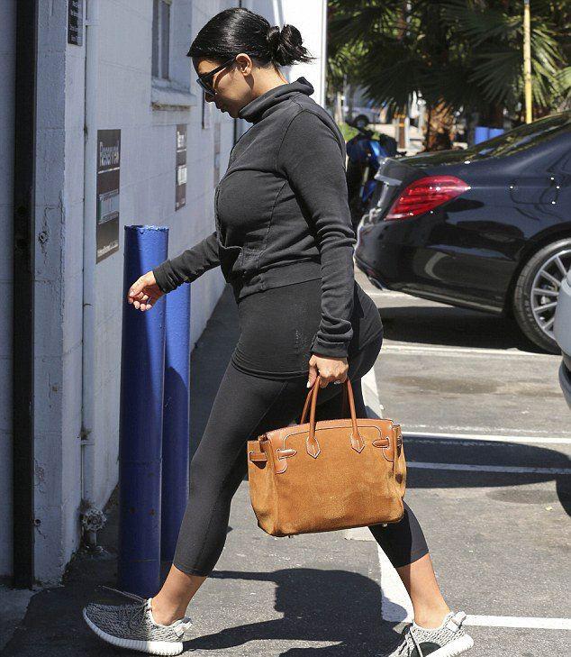 Фотофакт: беременная Ким Кардяшьян стремительно набирает вес!