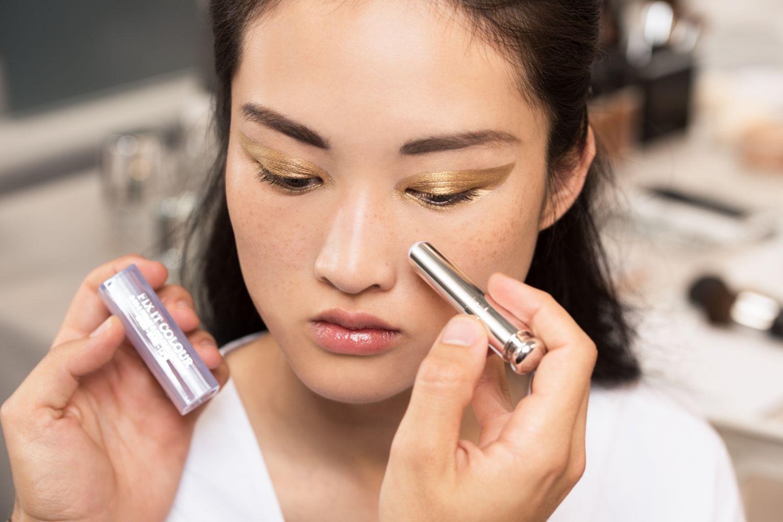 Мастер-класс: как повторить макияжа с показа Dior Haute Couture осень 2016 фото