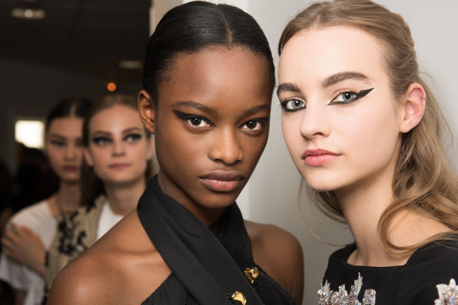 Мастер-класс: как повторить макияжа с показа Dior Haute Couture осень 2016