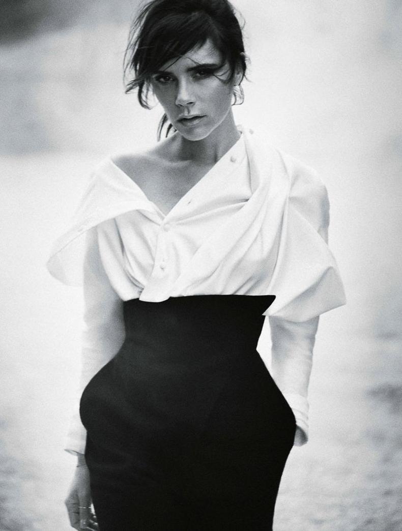 Леди Ви: Элегантная Виктория Бекхэм блистает в осеннем Vogue фото
