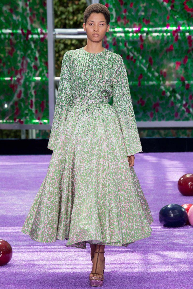 Раф Симонс представил кутюрную коллекцию Dior осень 2015