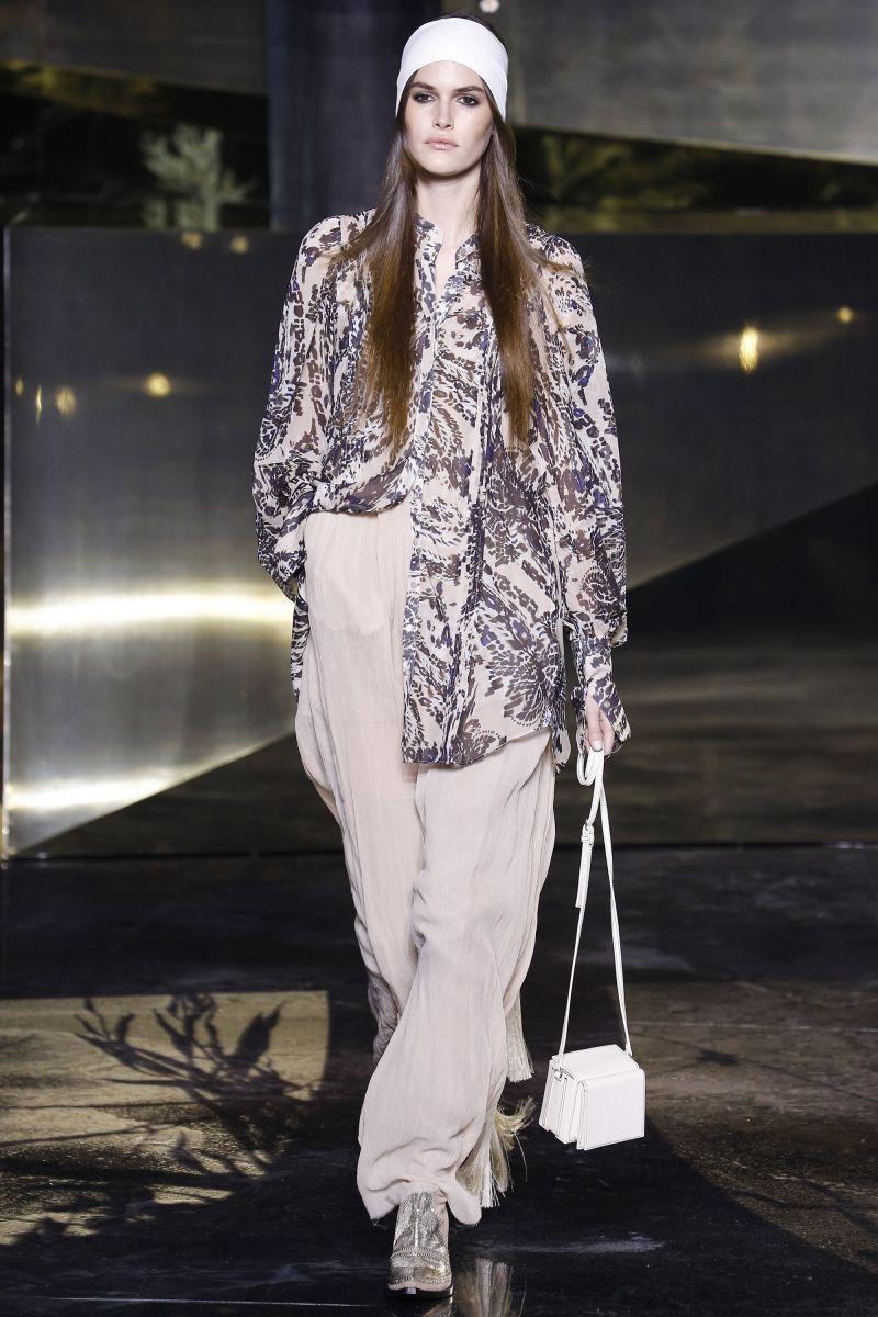 Плюс-сайз модель Эшли Грэм, трансгендер Андреа Пежича, 65-летняя Пэт Кливленд и другие на показе H and M