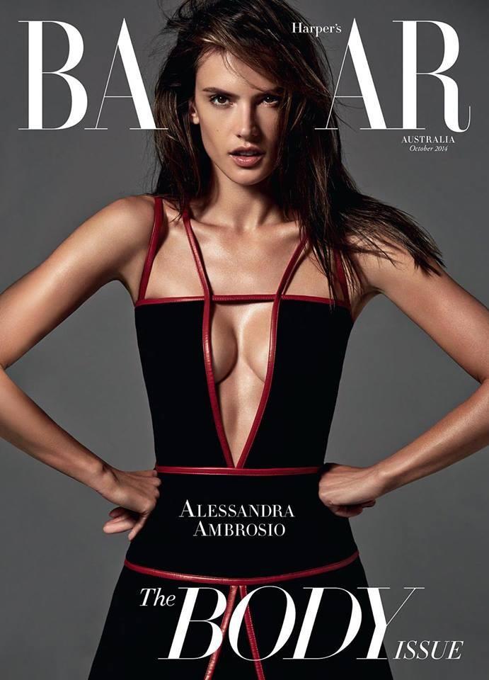 Алессандра Амбросио позирует в идеальном боди
