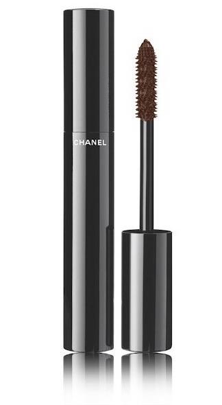 Золотой песок: пошаговый урок по созданию легкого сияющего макияжа с летней коллекцией Chanel