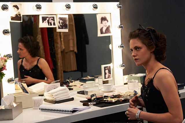 Кристен Стюарт в роли Коко Шанель фото