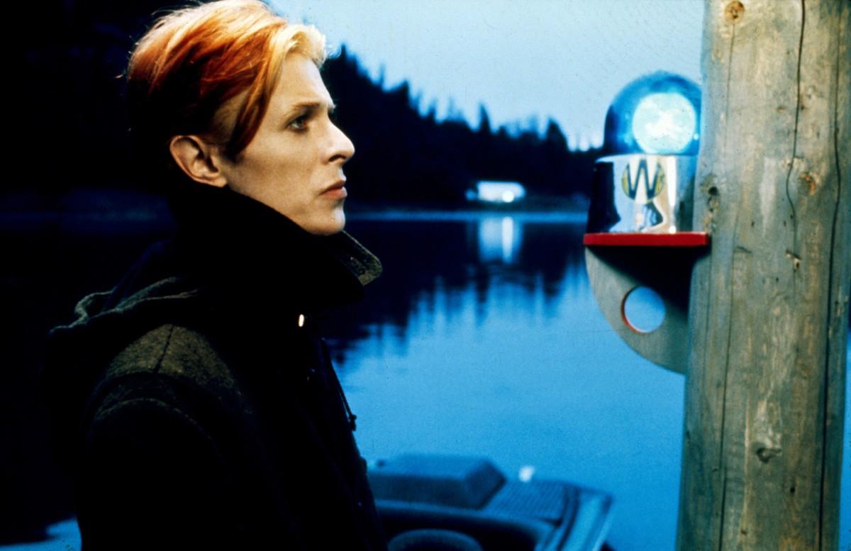 Свободный духом: самые яркие beauty-моменты Дэвида Боуи