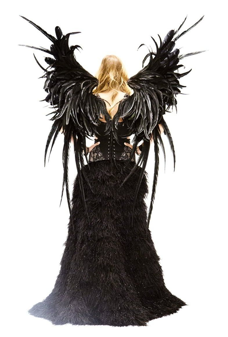 Даутцен Крез превратилась в черного ангела