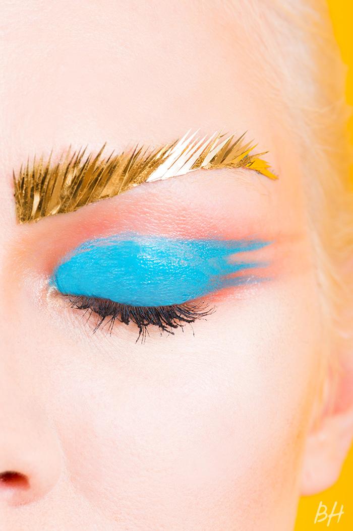 Такого еще не было: яркие брови – новый тренд 2015 года