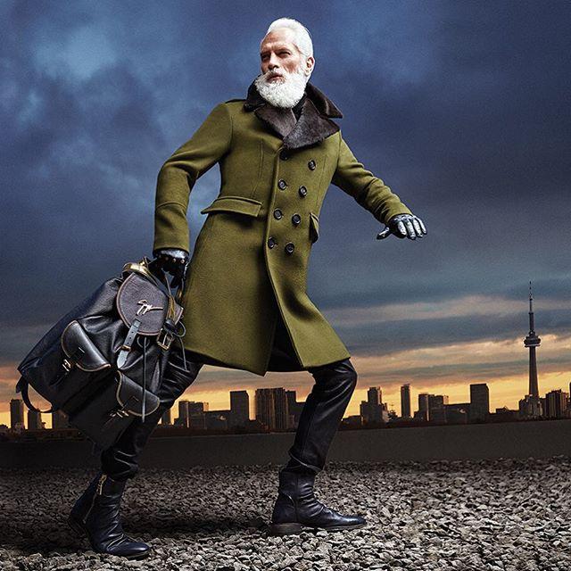 Fashion-Санта: фотографии супермодного Санта Клауса облетели интернет за два дня