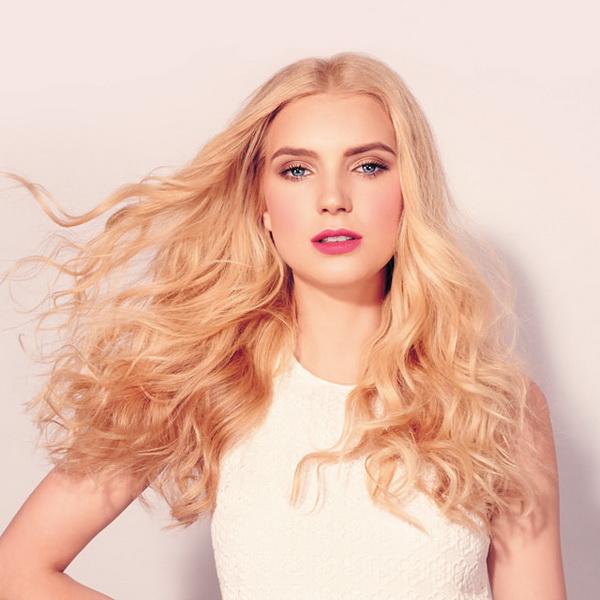 Прическа как ангела у Victorias Secret: стильный вариант на каждый день