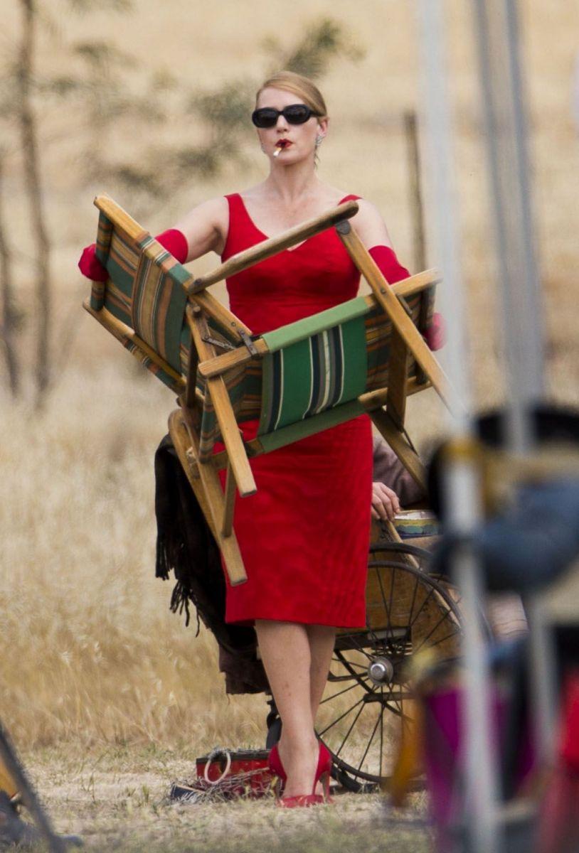 В сети появился первый трейлер одного из самых ожидаемых фильмов года -  «Портниха» с блистательной Кейт Уинслет в главной роли.