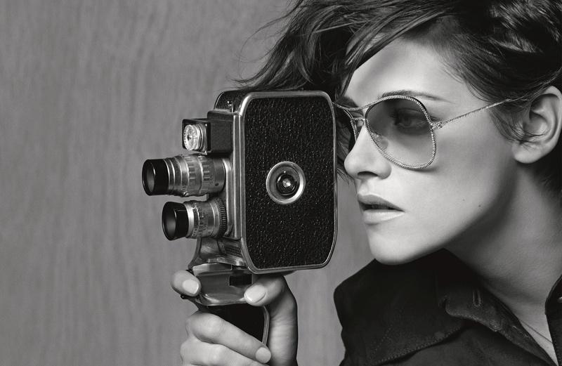 Первый кадр: Кристен Стюарт в роли лица Chanel Beauty фото