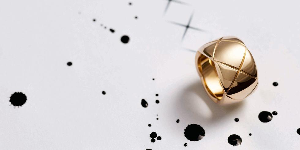 Крестики-нолики: дом Chanel представил роскошные аксессуары