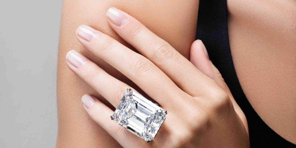 Вне конкуренции: на продажу выставлен самый дорогой бриллиант в мире