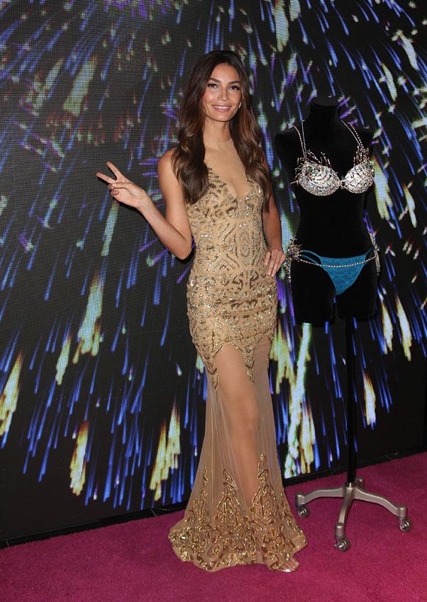 Мисс Fantasy Bra 2015: Лили Олдридж приводит себя в форму перед шоу Victorias Secret
