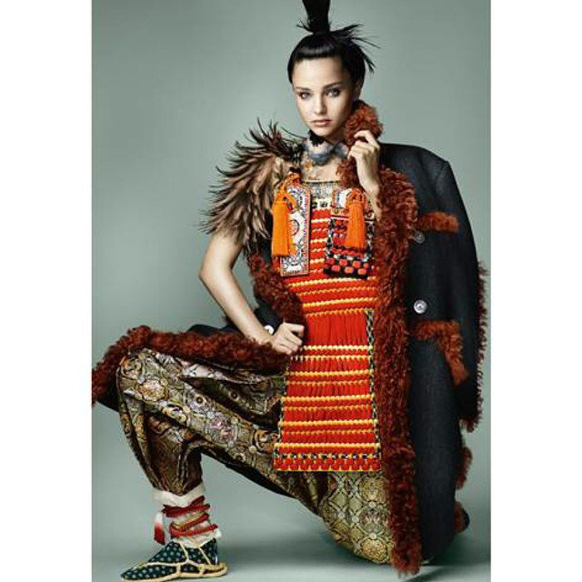 Фотофакт: Миранда Керр превратилась в самурая