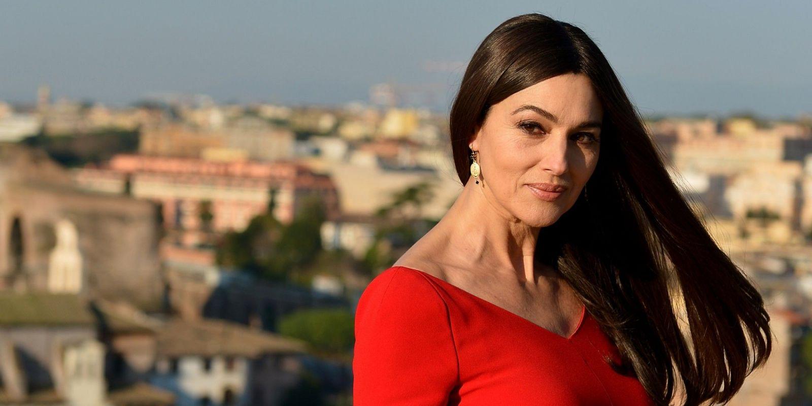 Моника Белуччи снялась обнаженной в новой фотосессии для глянца (ФОТО)