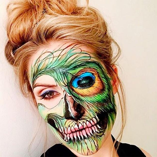Ужасающая красота: визажист рисует на своем лице потрясающе красивые черепа