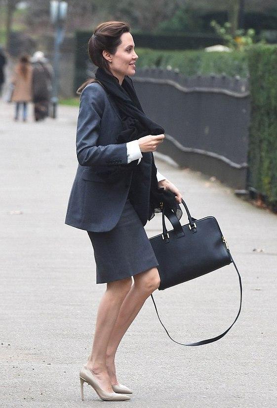 Фотофакт: Анджелина Джоли стремительно теряет вес