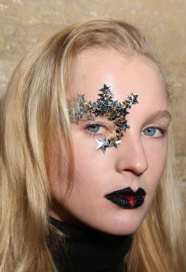 Прически и макияж на 14 февраля 2016 фото