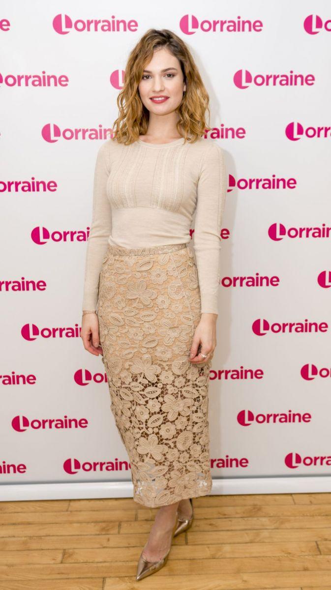 "Образ дня: Лили Джеймс на тв-шоу ""Lorraine"" в Лондоне"