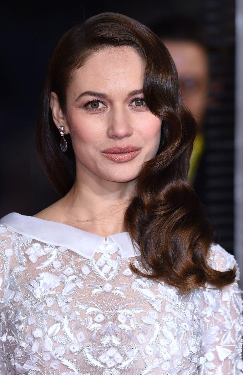 Макияж звезды: как повторить образ Ольги Куриленко с церемонии BAFTA 2016 фото