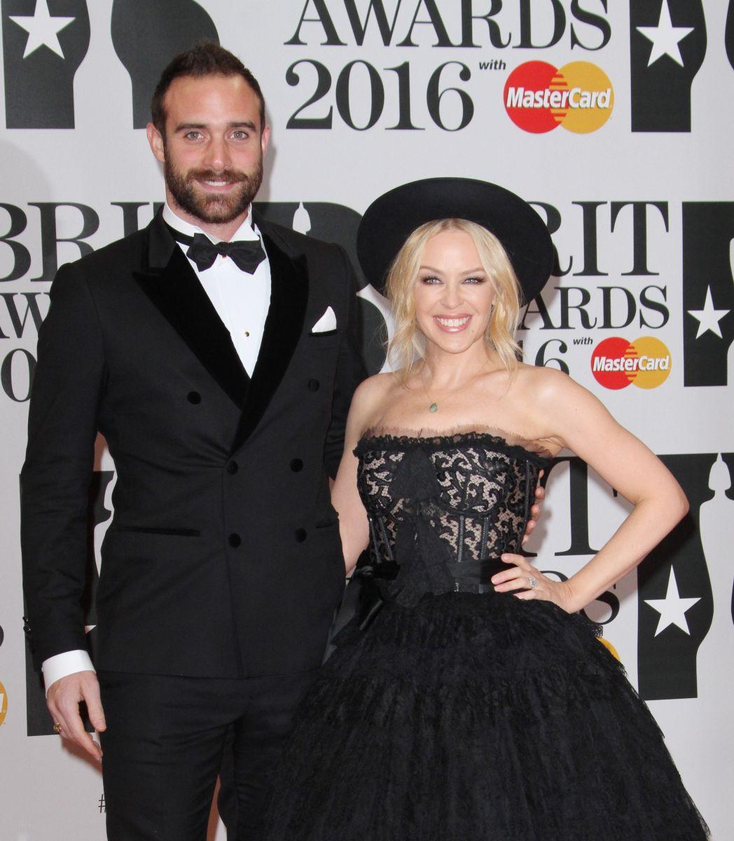 Лана Дель Рей, Адель, Рианна, Кайли Миноуг и другие лучшие beauty-образы The Brit Awards 2016