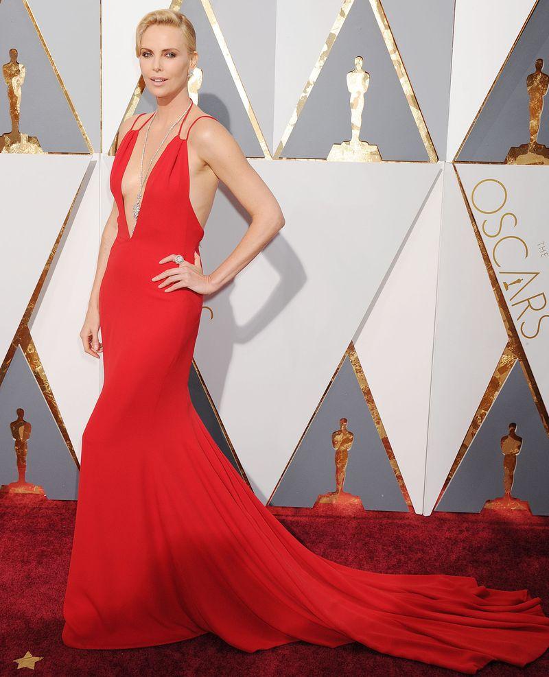 Оскар 2016 лучшие платья красная дорожка фото