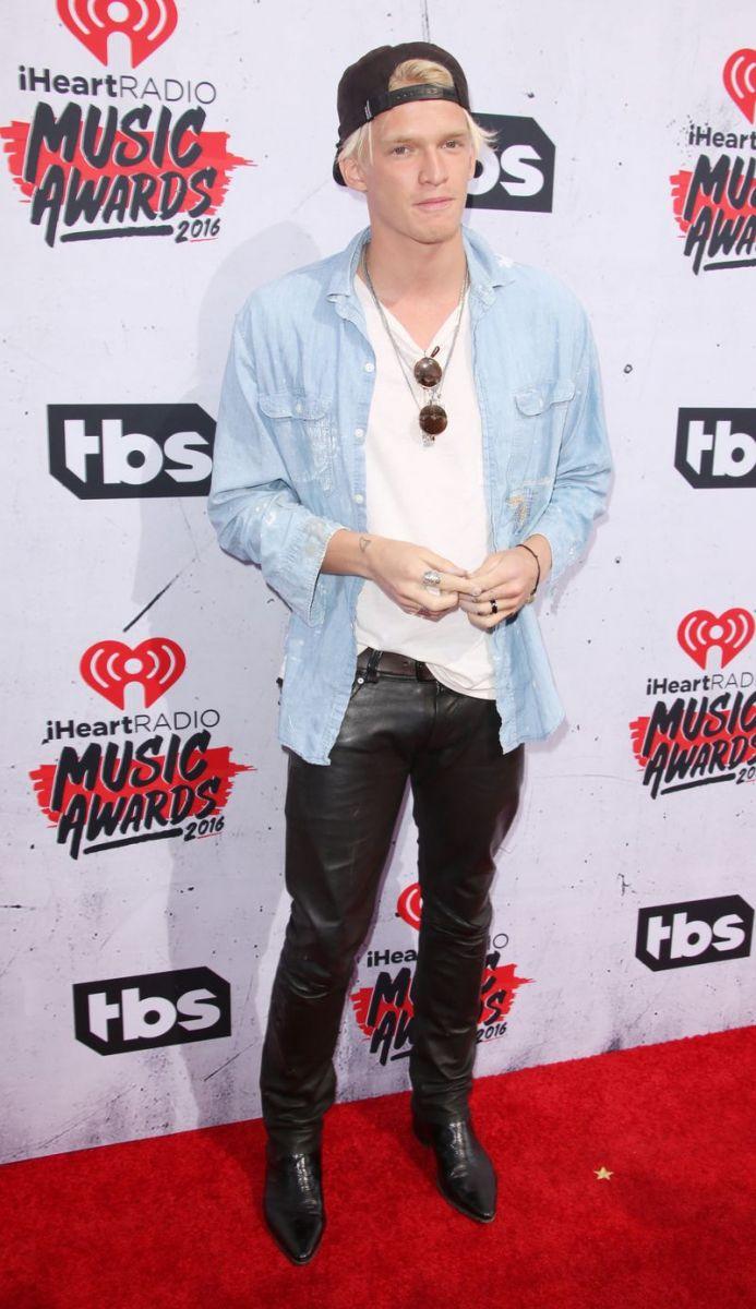 iHeartRadio Music Awards2016 красная дорожка фото