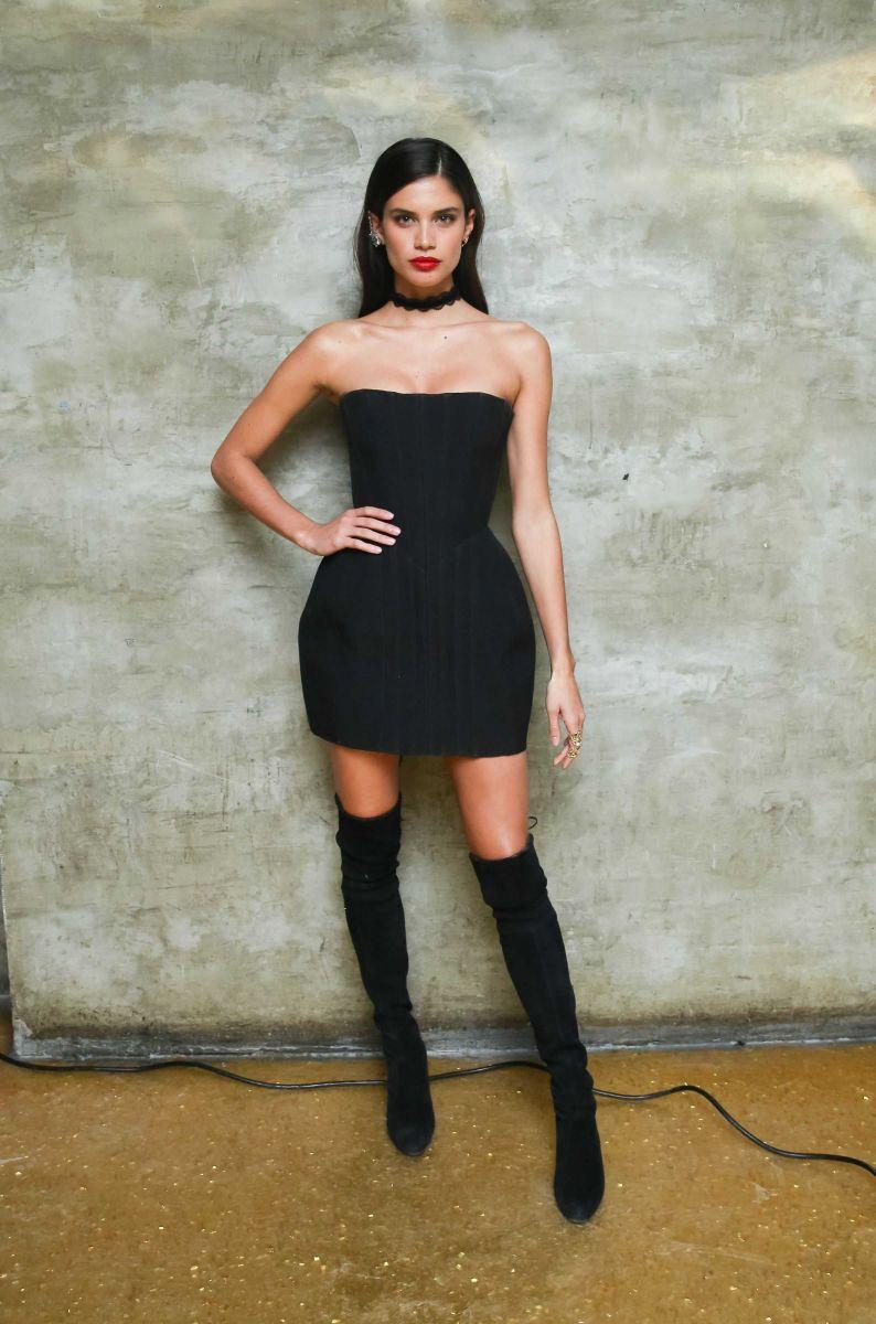 Новое лицо: секреты красоты модели Сары Сампайо (ФОТО)