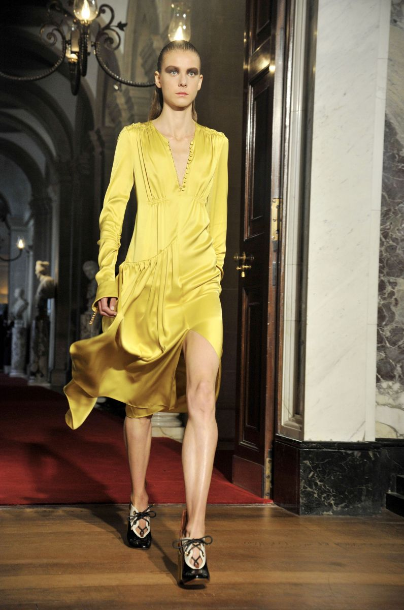 Дворцовый переворот: показ новой коллекции Dior Resort 2017