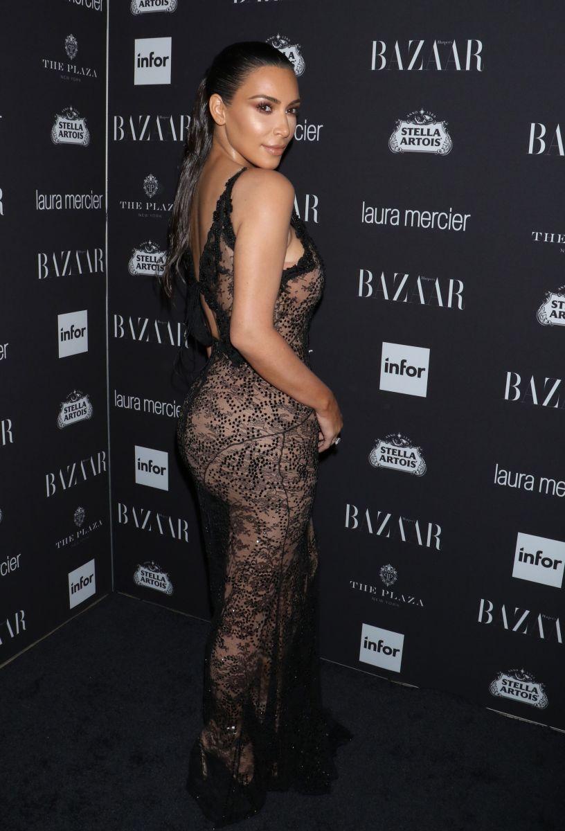 Декольте Эмили Ратаковски, прозрачное кружево Ким Кардашьян и ультрамини Хайди Клум: звезды на главной вечеринке Нью-йоркской Недели моды (ФОТО)