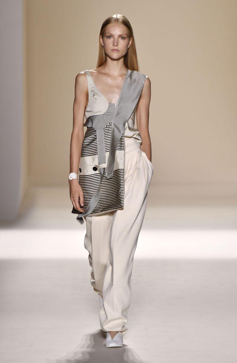 Виктория Бекхэм представила роскошную коллекцию на неделе моды в Нью-Йорке (ФОТО)