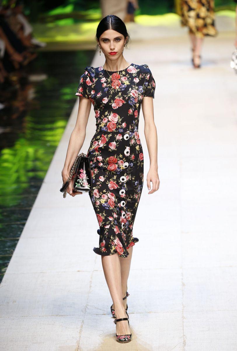 Dolce & Gabbana представили роскошную коллекцию одежды для поклонниц женственности и шика (ФОТО)