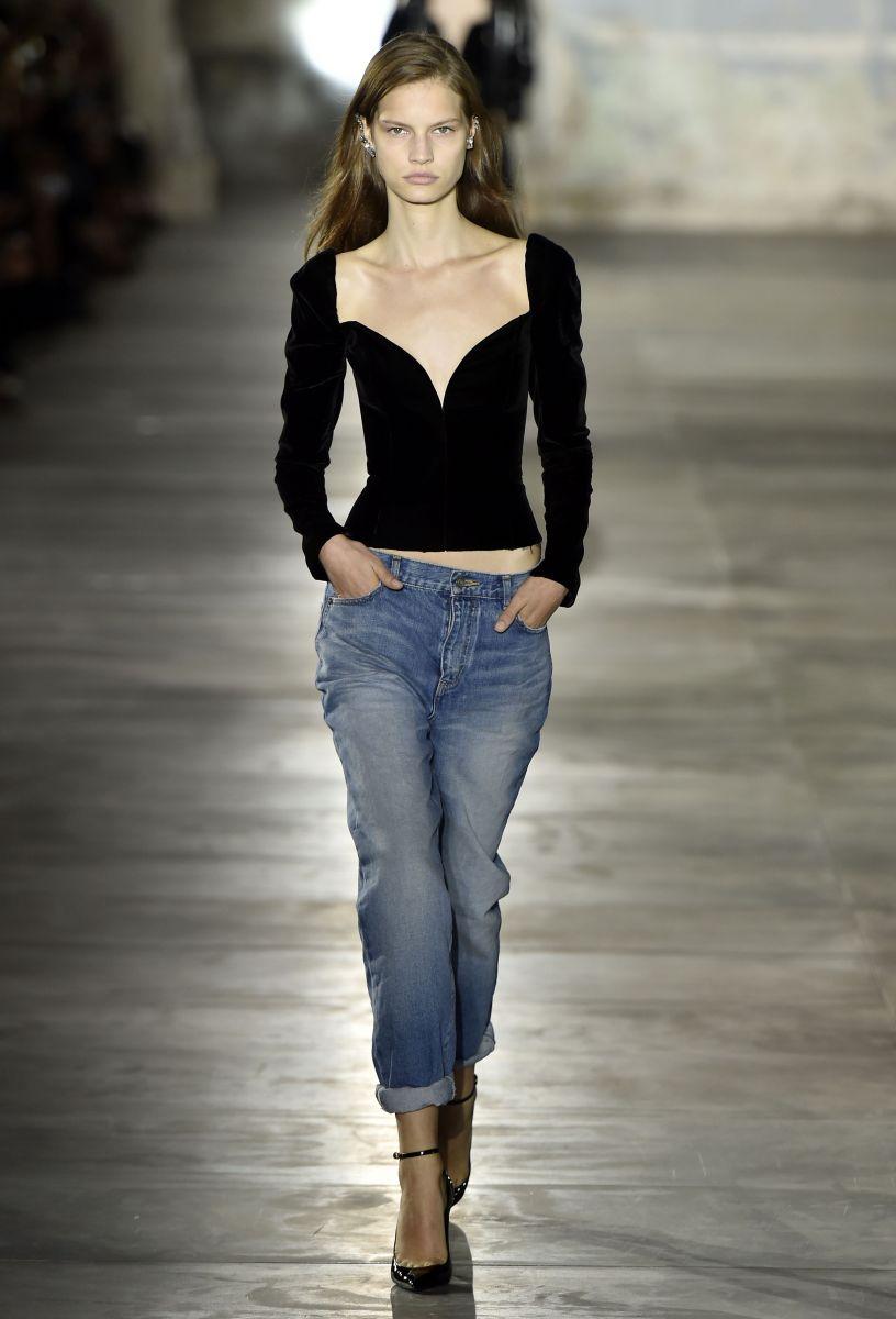 Saint Laurent удивил новой коллекцией на неделе моды в Париже (ФОТО)