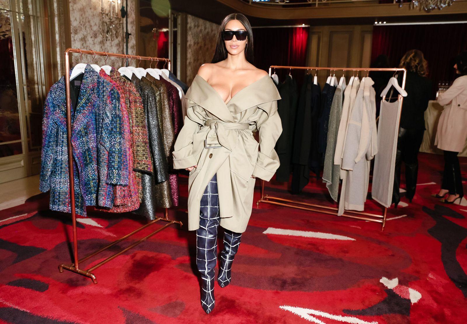 Пять самых откровенных образов Ким Кардашьян перед ограблением в Париже (ФОТО)