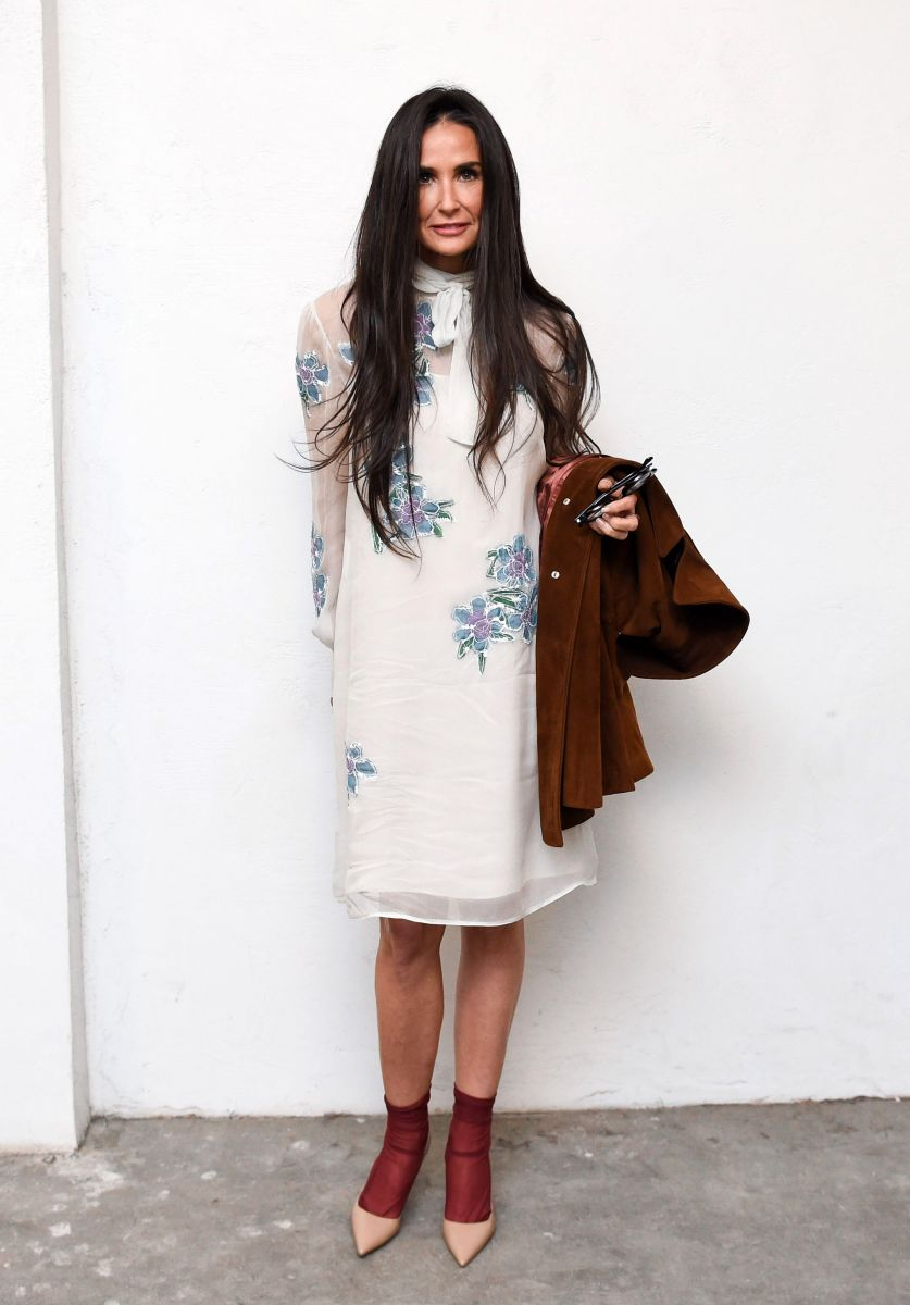 Самые стильные звезды недели: Деми Мур в наряде Prada, беременная Марион Котийяр, Николь Кидман и другие (ФОТО)