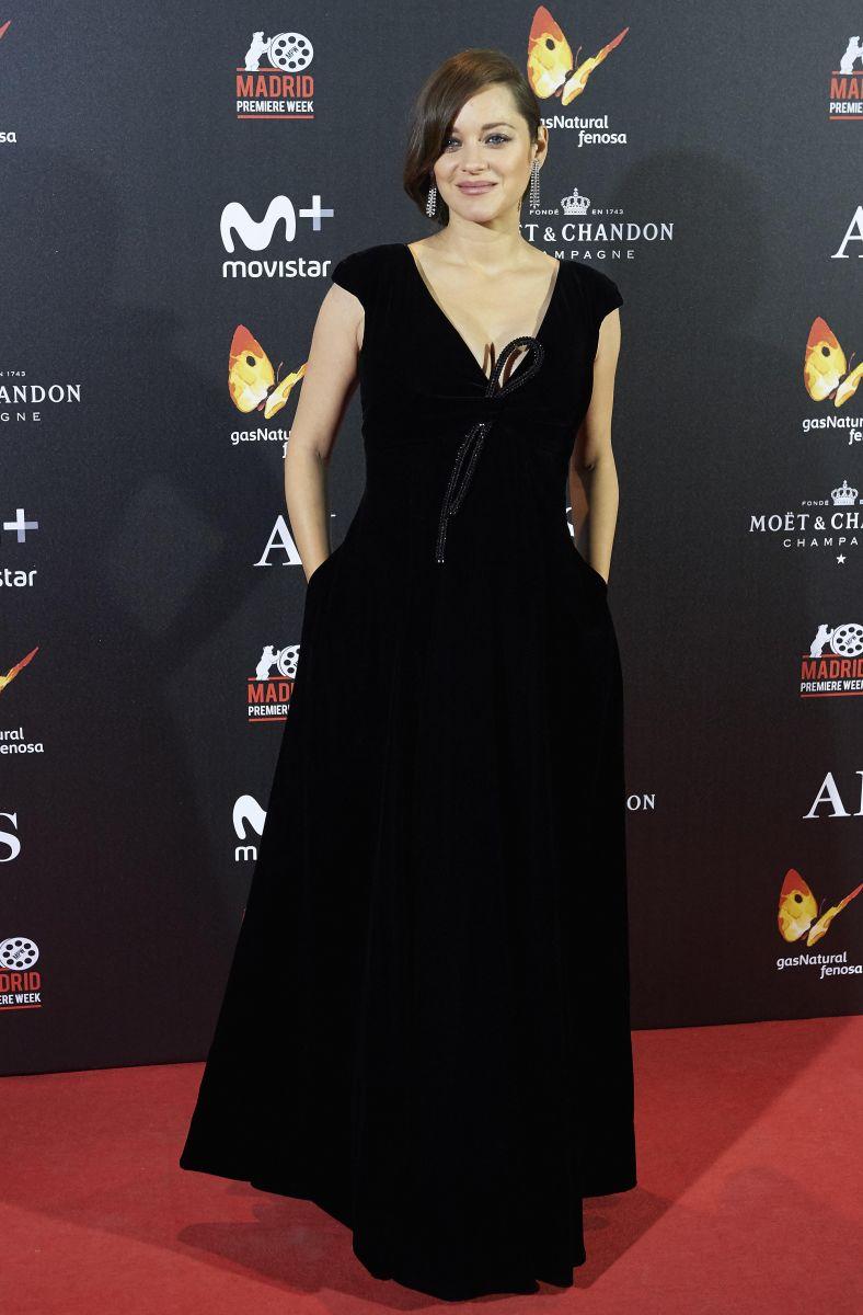Самые стильные звезды недели: Кейт Миддлтон в платье за 12000 гривен, соблазнительная Ирина Шейк, Ева Лонгория и другие (ФОТО)