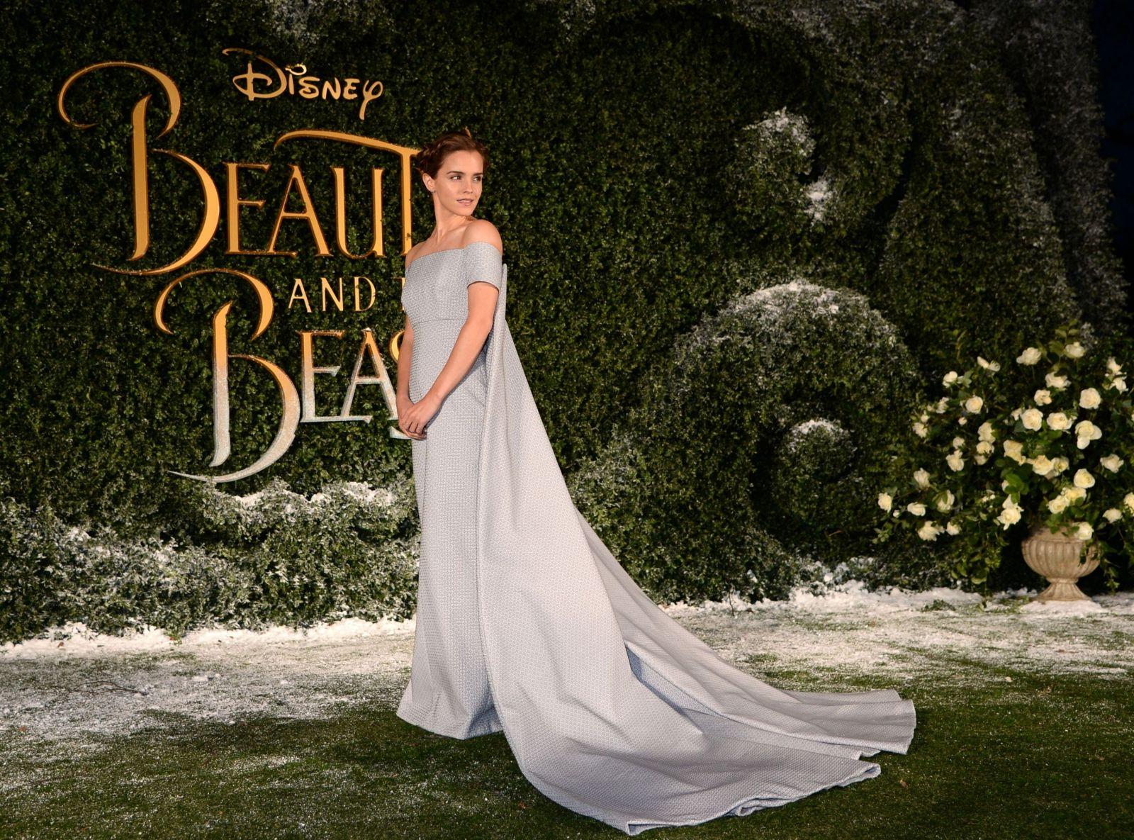 Эмма Уотсон покорила изысканным образом на премьере фильма Красавица и чудовище (ФОТО)