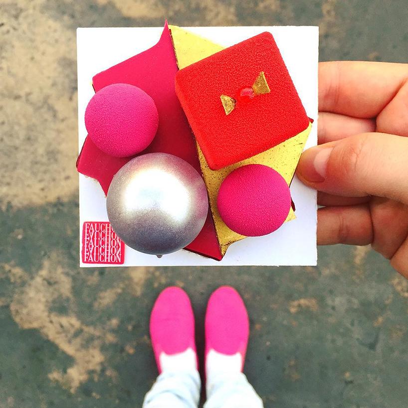 фото десертов и обуви инстаграм