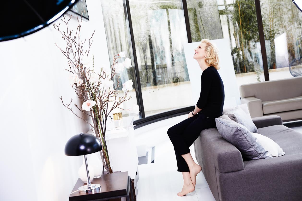Тур в Париж: эксклюзивное видео с Евой Герциговой от Dior