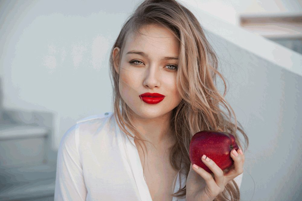 6 лучших (и худших!) продуктов для здоровья твоей кожи
