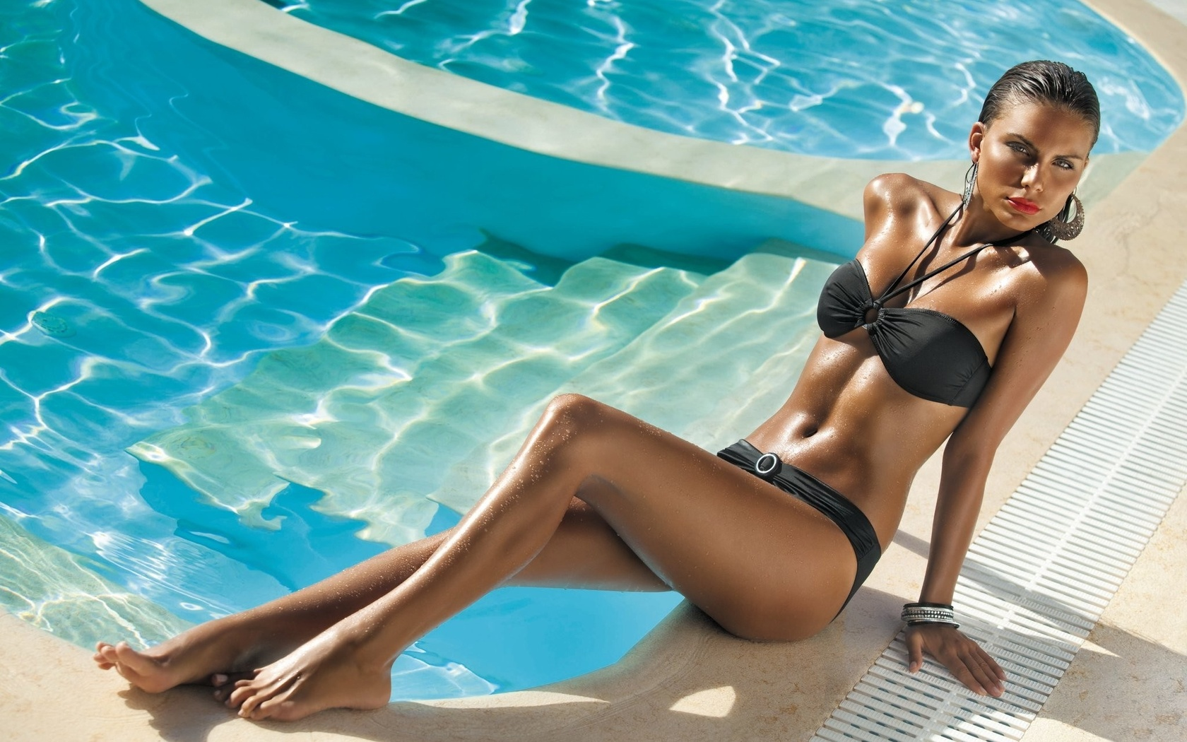 Фото моделей в бассейне фото 578-995