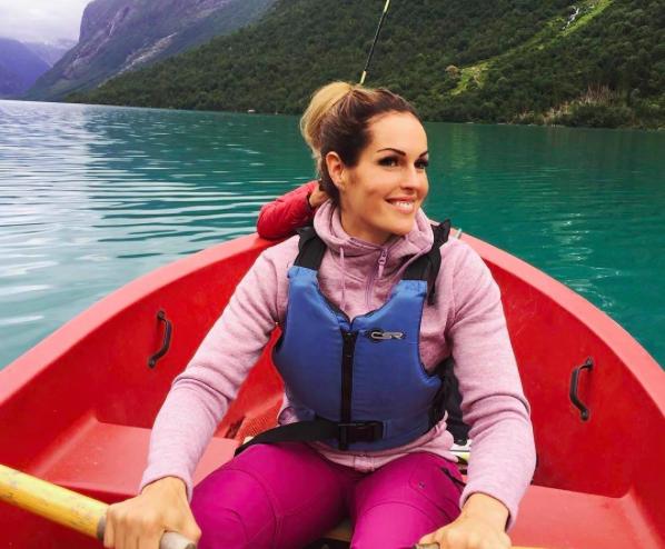 Самой сексуальной пожарной в мире стала девушка из Норвегии (ФОТО)