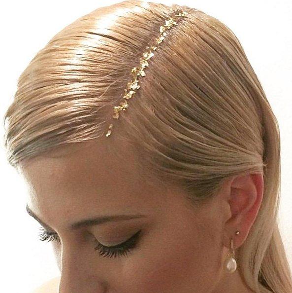 Золотой ты человек: трендовый прием — сусальное золото на волосах