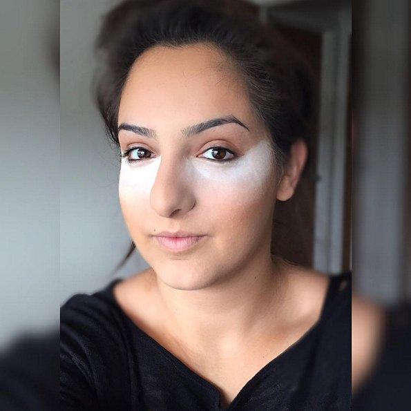 Sandbagging - новый тренд макияжа от визажиста Ким Кардашьян
