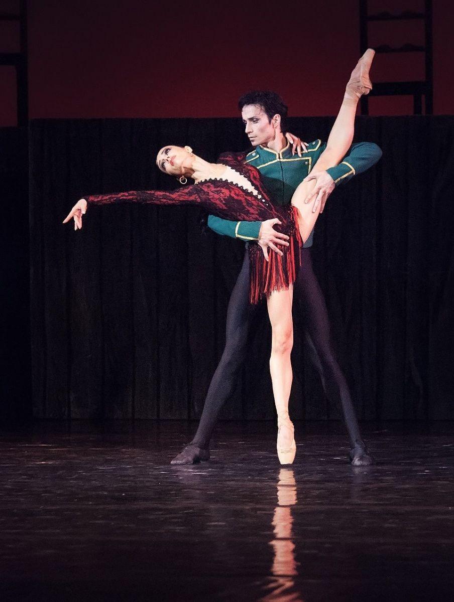 """Балет """"Кармен-сюита"""": страсть, драма и нежность в одном флаконе фото"""